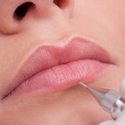 Trucco Semipermanente Labbra Contorno