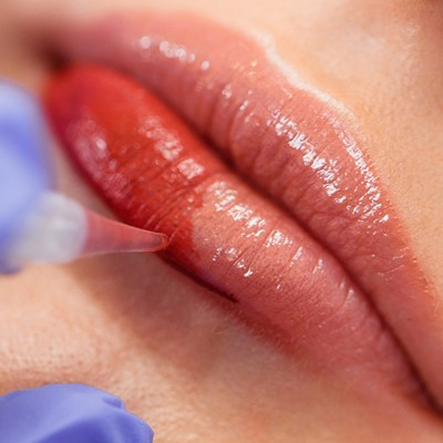 Trucco Semipermanente Labbra Riempimento