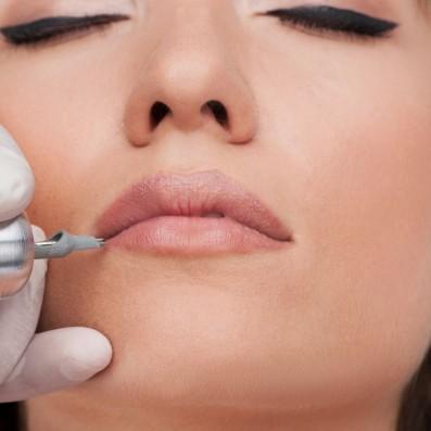 Trucco Semipermanente Labbra Riempimento Ritocco