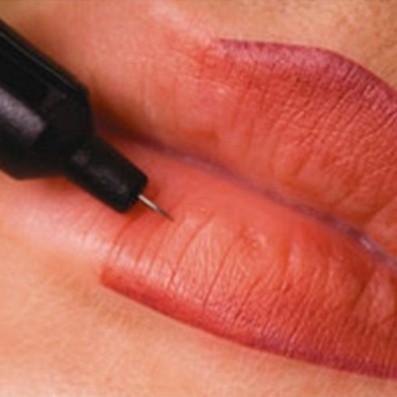 Trucco Semipermanente Combinato Labbra Contorno e Ritocco